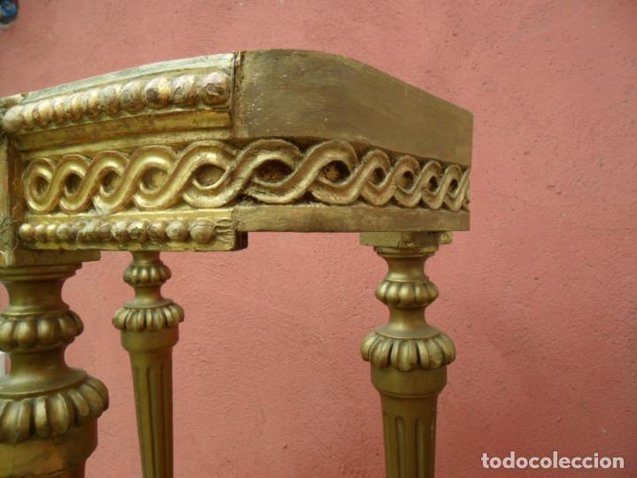 Antigüedades: CONSOLA EN MADERA TALLADA Y ACABADO EN PAN DE ORO SIGLO XVIII - Foto 7 - 87912324