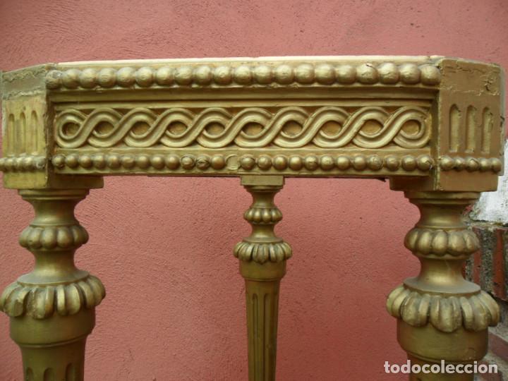 Antigüedades: CONSOLA EN MADERA TALLADA Y ACABADO EN PAN DE ORO SIGLO XVIII - Foto 8 - 87912324