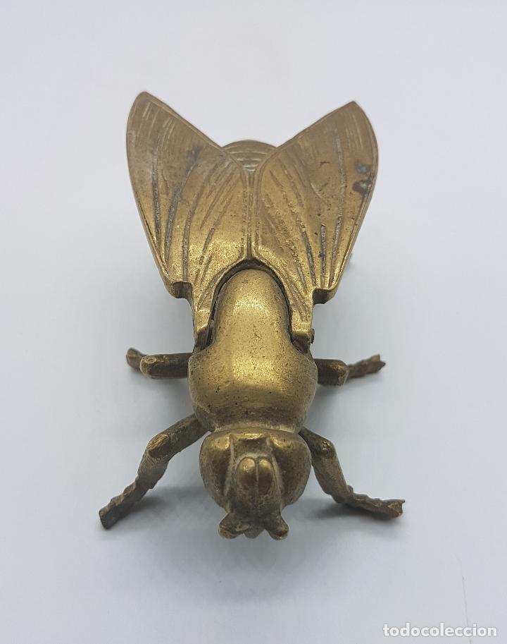 Antigüedades: Cenicero antiguo en forma de mosca hecho en bronce. - Foto 2 - 87922276
