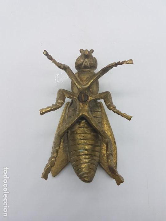 Antigüedades: Cenicero antiguo en forma de mosca hecho en bronce. - Foto 6 - 87922276