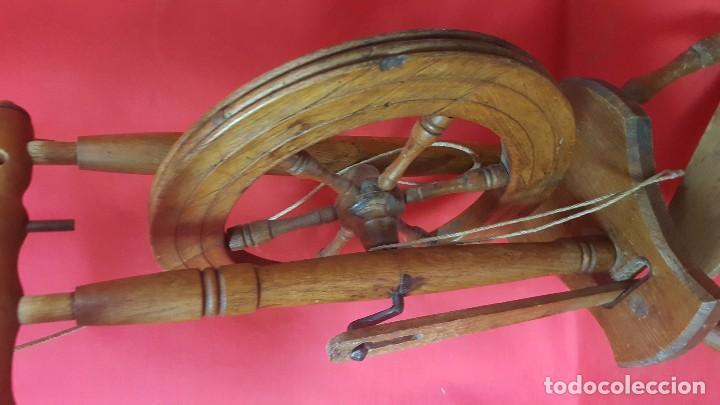 Antigüedades: Rueca o huso de madera. En buen estado. - Foto 3 - 88109988