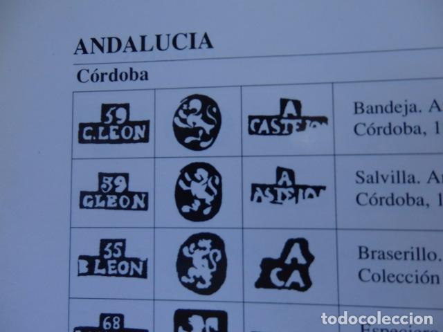 Antigüedades: Bandeja de plata batida con marcas de platero. Córdoba 1859. A. Castejón y J. de León. 42 cm. - Foto 13 - 88360076