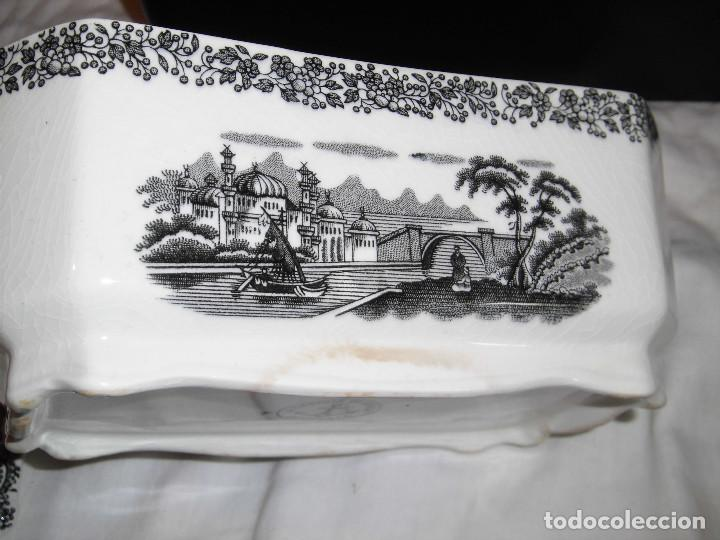 Antigüedades: ANTIGUA SOPERA MARCADA EN LA BASE LA CARTUJA DE SEVILLA PICKMAN - Foto 17 - 88367924