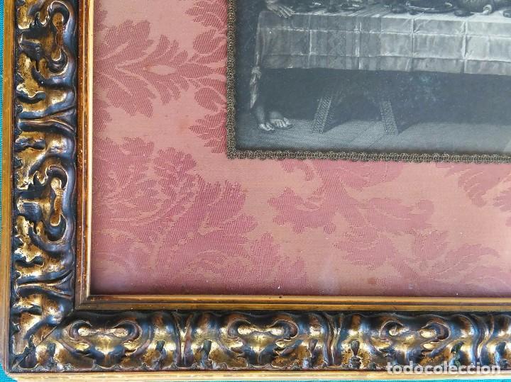 Antigüedades: Antigua Santa cena de tela estampada ,enmarcada y con cristal protector - Foto 3 - 88372340