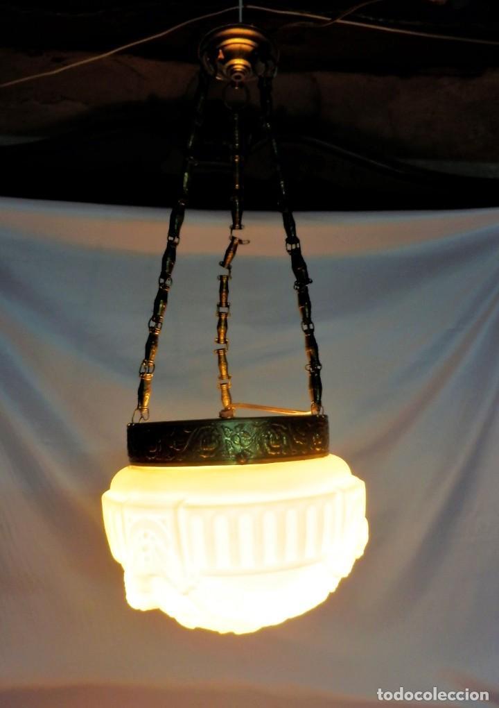Antigüedades: Lámpara modernista con gran Globo en cristal glaseado. Años 1890-1900 - Foto 6 - 88518700