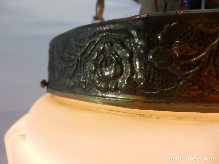 Antigüedades: Lámpara modernista con gran Globo en cristal glaseado. Años 1890-1900 - Foto 7 - 88518700