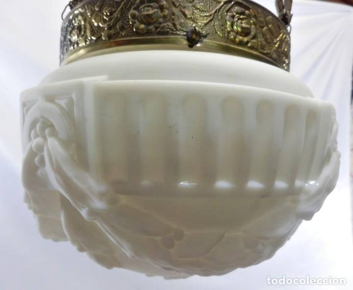 Antigüedades: Lámpara modernista con gran Globo en cristal glaseado. Años 1890-1900 - Foto 10 - 88518700