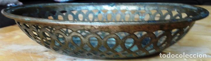 Antigüedades: ANTIGUO FRUTERO METÁLICO DE REJILLA AÑOS 50 - Foto 2 - 88962908