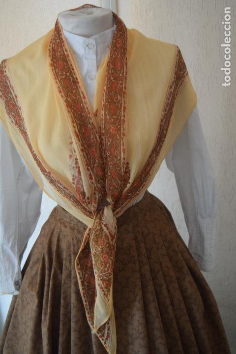 Antigüedades: pico de crespón para indumentaria - Foto 2 - 89001088