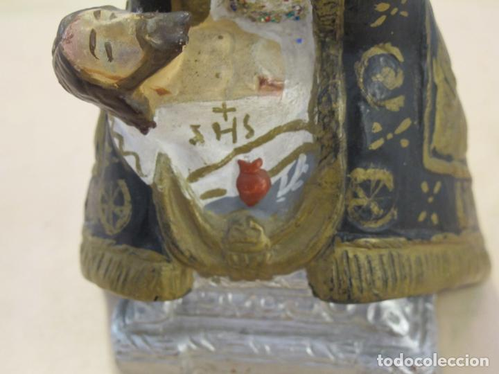 Antigüedades: FIgura de la Virgen sosteniendo a Jesús yaciente en su regazo - Foto 3 - 89007644