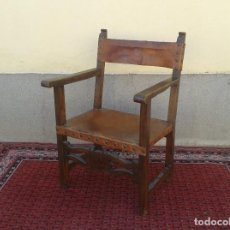 Antigüedades: SILLÓN FRAILERO ANTIGUO DE CUERO S. XIX, SILLÓN ESTILO RENACIMIENTO, SILLÓN DE DESPACHO BUTACA. Lote 89011812