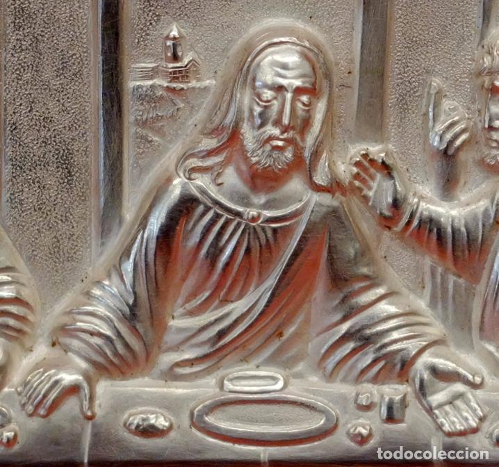 Antigüedades: JUAN ANTONI CASADESUS (Barcelona, act. 1ª mitad sig.xx) PLAFON DE LA SANTA CENA EN PLATA REPUJADA - Foto 6 - 89039992