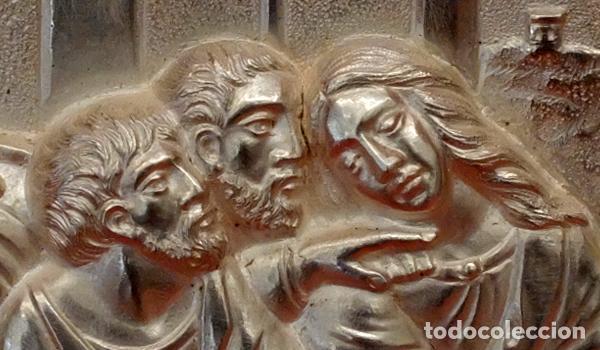 Antigüedades: JUAN ANTONI CASADESUS (Barcelona, act. 1ª mitad sig.xx) PLAFON DE LA SANTA CENA EN PLATA REPUJADA - Foto 8 - 89039992