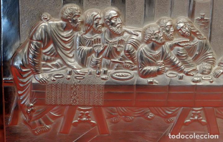 Antigüedades: JUAN ANTONI CASADESUS (Barcelona, act. 1ª mitad sig.xx) PLAFON DE LA SANTA CENA EN PLATA REPUJADA - Foto 9 - 89039992