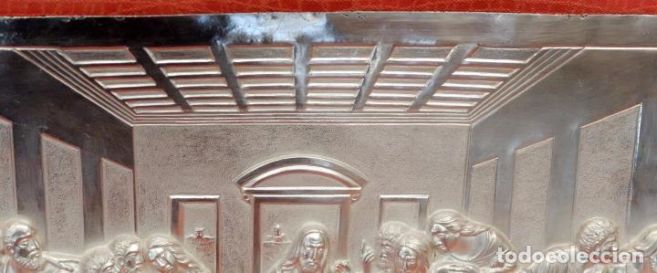Antigüedades: JUAN ANTONI CASADESUS (Barcelona, act. 1ª mitad sig.xx) PLAFON DE LA SANTA CENA EN PLATA REPUJADA - Foto 10 - 89039992