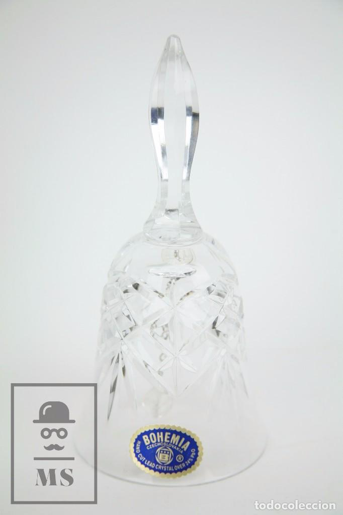 CAMPANILLA / CAMPANA DE CRISTAL DE BOHEMIA - TALLADO A MANO, 24% PBO - CHECOSLOVAQUIA (Antigüedades - Cristal y Vidrio - Bohemia)