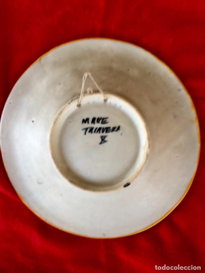 Antigüedades: Plato 1970 ceramica Talavera MAVE ( trabajadores Ruiz de luna) motivos florales relieves 25,5 - Foto 10 - 89057584