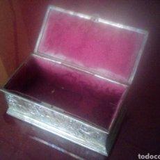 Antiquitäten - Caja joyero de plata tabajado - 89061291