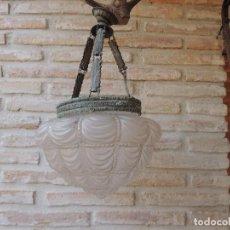 Antigüedades: LAMPARA ANTIGUA CON UNA TULIPA MUY BONITA.. Lote 124559007