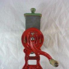Antigüedades: RALLADOR DE PAN ELMA 1430B. Lote 89192840