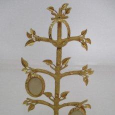Antigüedades: BONITO PORTA RETRATOS - FORMA DE ARBOL - BRONCE DORADO - AÑOS 70. Lote 89195812