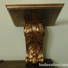 Antigüedades: MÉNSULA TALLADA EN MADERA Y PAN DE ORO. Lote 89222408