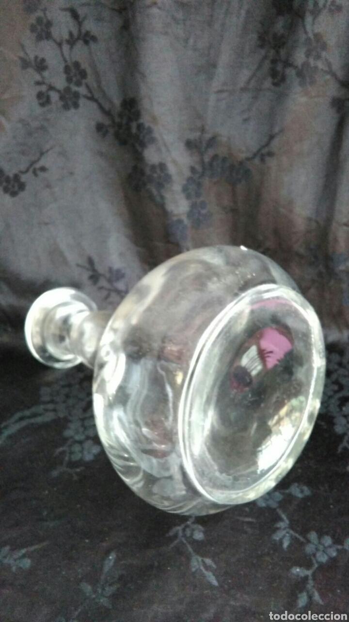 Antigüedades: Botella cristal lobulado trabajado a mano de Santa Lucia Cartagena 15,5 cm - Foto 2 - 89335071