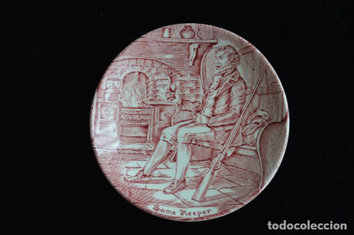 PLATO DE PORCELANA WEDGWOOD (Antigüedades - Porcelanas y Cerámicas - Inglesa, Bristol y Otros)