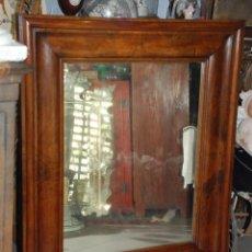 Antigüedades: PRECIOSO ESPEJO ANTIGUO DE MADERA DE CAOBA RUBIA. Lote 89483632