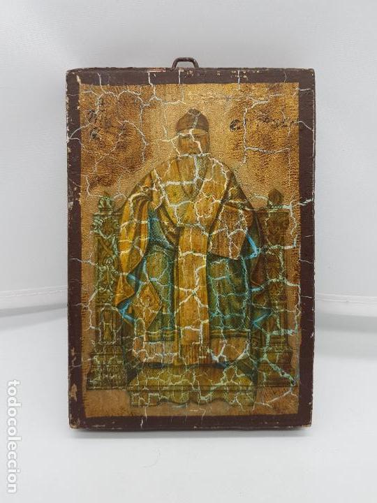 ANTIGUO RETABLO DE MADERA RECUBIERTA DE ESTUCO CON IMAGEN ORTODOXA O BIZANTINA. (Antigüedades - Religiosas - Varios)