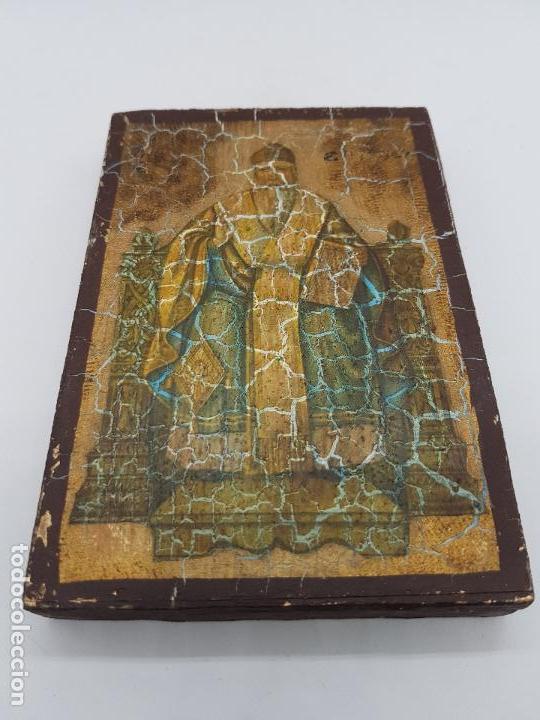 Antigüedades: Antiguo retablo de madera recubierta de estuco con imagen ortodoxa o bizantina. - Foto 3 - 89501884