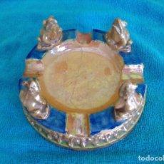 Antigüedades: CENICERO REFLEJO DORADO TRIANA (ROTO Y PEGADO ). Lote 89505284