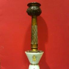 Antigüedades: CANDELERO DE PORCELANA FRANCESA. NAPOLEÓN III.. Lote 89525106