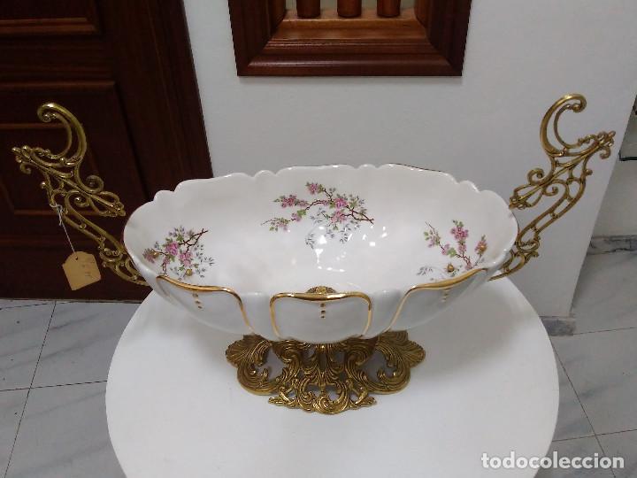 Antigüedades: Magnífico CENTRO DE MESA en porcelana y bronce (oportunidad) sin estrenar. - Foto 2 - 89593684