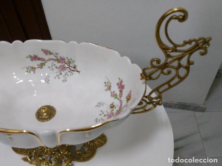 Antigüedades: Magnífico CENTRO DE MESA en porcelana y bronce (oportunidad) sin estrenar. - Foto 3 - 89593684