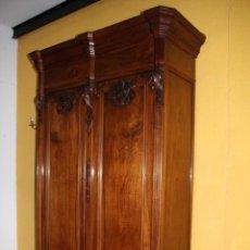 Antigüedades: GRAN ARMARIO NOGAL. REF. 6035. Lote 86140988