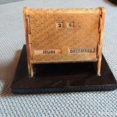 Antigüedades: CALENDARIO PERPETUO. Lote 89645800