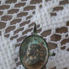 Antigüedades: MEDALLA RELIGIOSA MUY ANTIGUA Y RARA MIREN FOTOS . Lote 89682652