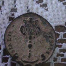 Antigüedades: MEDALLA RELIGIOSA MUY ANTIGUA MIREN FOTOS. Lote 89682792