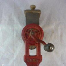 Antigüedades: RALLADOR PAN ELMA 1444. Lote 89694324