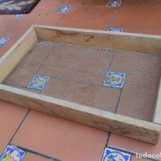 Antigüedades: TAMIZ CRIBA CEDAZO CUADRADO 61X38CM. Lote 89832416