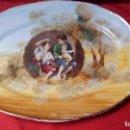 Antigüedades: BANDEJA CON CUADRO DE MURILLO ( NIÑOS COMIENDO UVAS Y MELÓN ). Lote 90042968