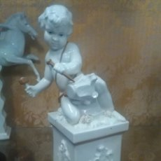 Antigüedades: ANGEL NIÑO ESCULTOR PORCELANA ALGORA. Lote 148608924