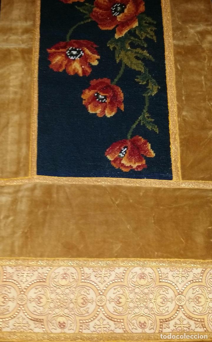 Antigüedades: Antiguo tapete con bordado - Foto 6 - 90267376
