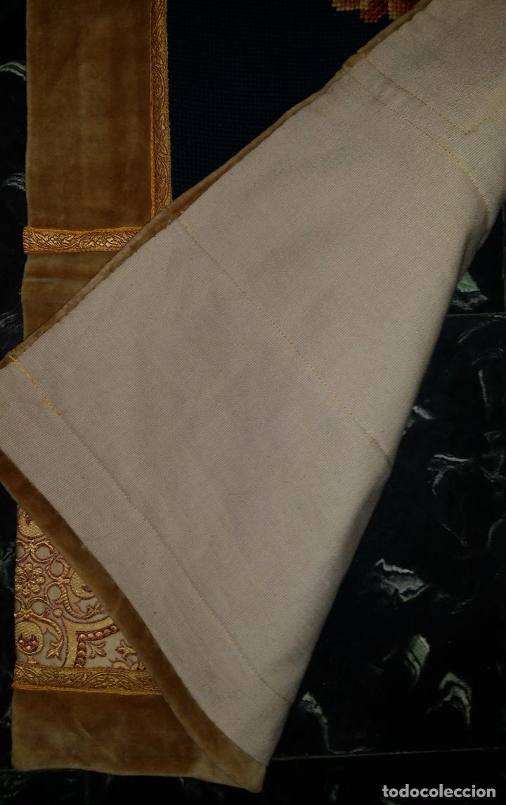 Antigüedades: Antiguo tapete con bordado - Foto 8 - 90267376