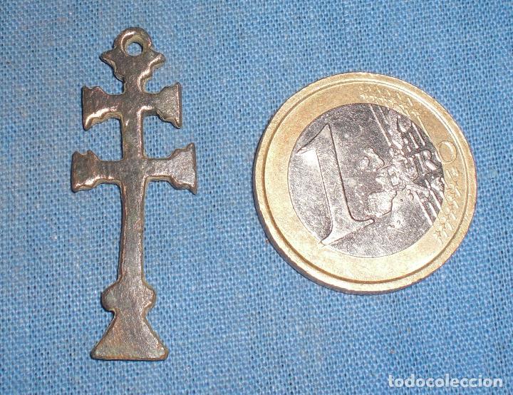 Antigüedades: Antigua cruz caravaca siglo XVIII simbolos - Foto 2 - 90377192