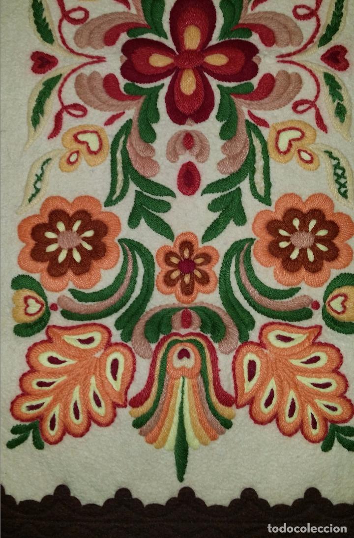 Antigüedades: Tapiz bordado - Foto 4 - 90405589
