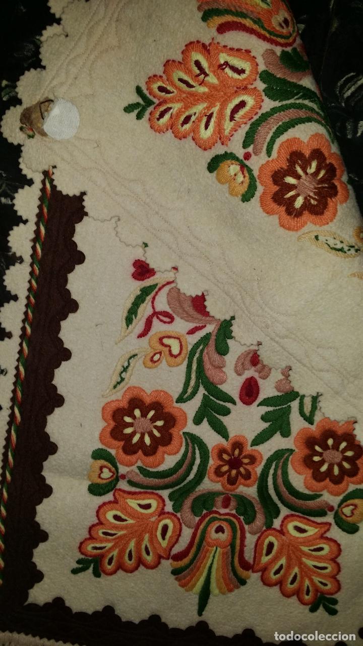 Antigüedades: Tapiz bordado - Foto 6 - 90405589
