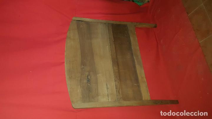 Antigüedades: Cabecero modernista de nogal, para restaurar. Para cama individual. - Foto 4 - 27143150