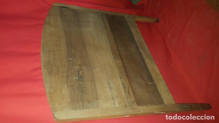 Antigüedades: Cabecero modernista de nogal, para restaurar. Para cama individual. - Foto 5 - 27143150